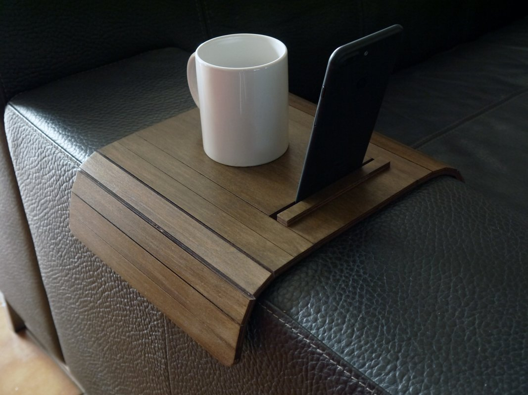 Slinky wooden sofa arm table with cell phone and tablet stand 20 available colors Furniture for couch armchair Made of poplar plywood Modern tray design by italian designer Laser cut wood in Italy