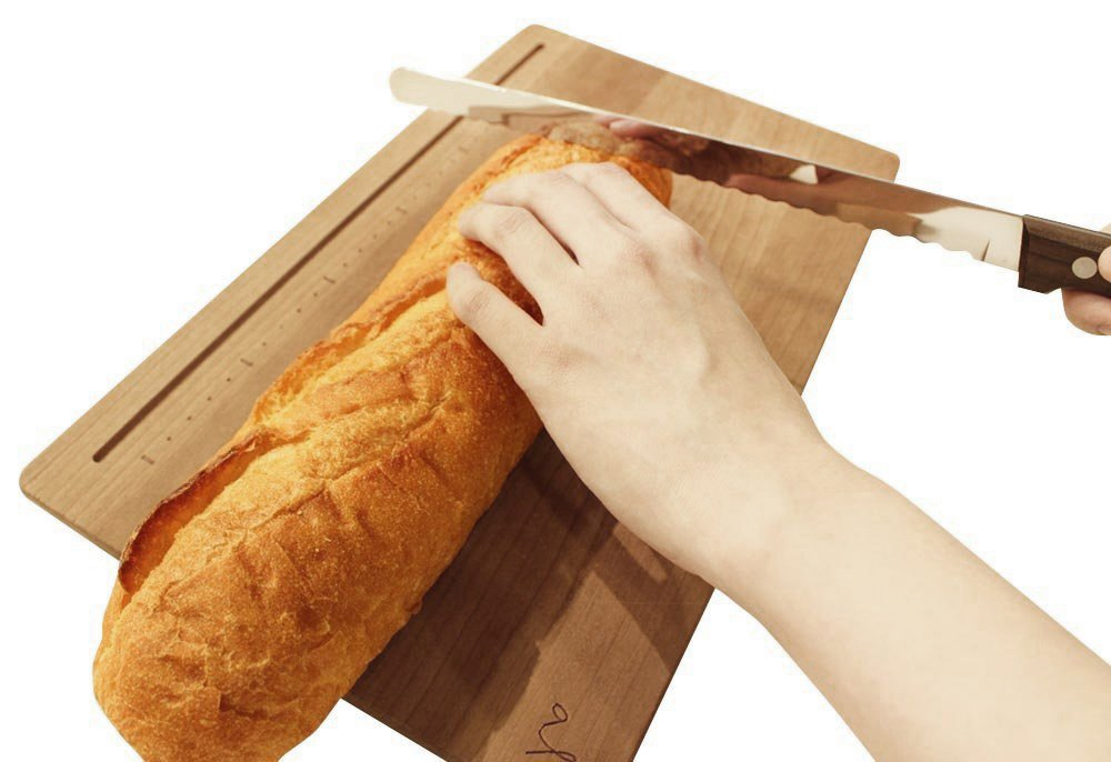 Kai Bready Bread Slicer 230mm (AC-0054) 3 Material: blade body / high carbon stainless steel cutlery, pattern / tree Country of origin: Japan