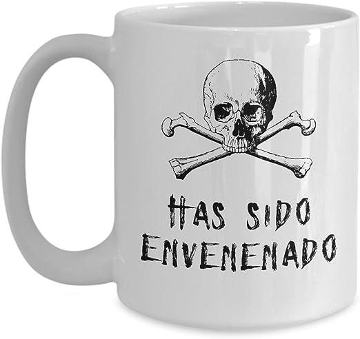 Amazon.com: Taza has Sido Envenenado Calavera Regalo de ...