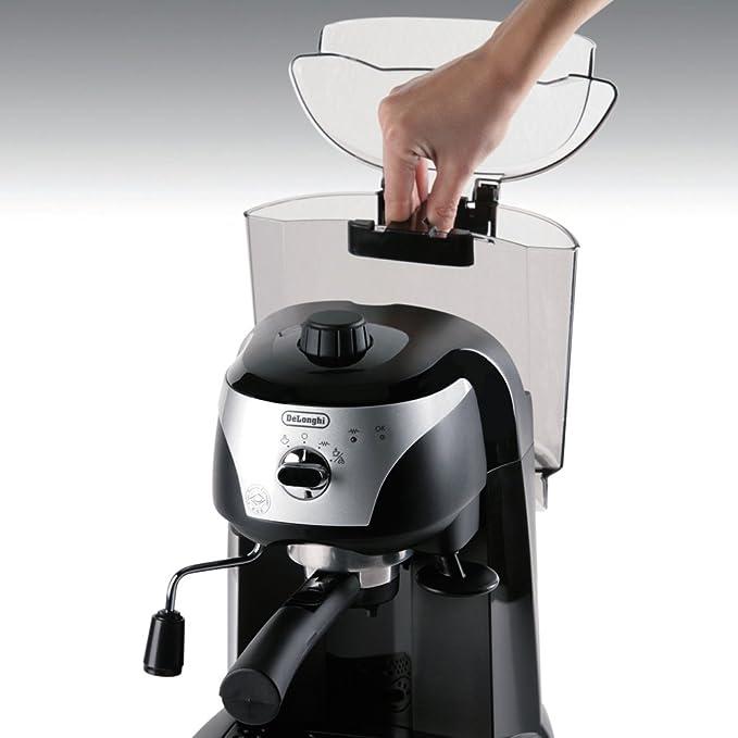 Delonghi ECC220 Motivo Black Pump Espresso Cofee Machine by DeLonghi: Amazon.es: Hogar