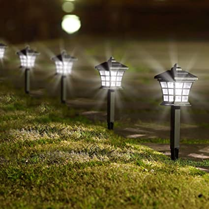Outdoor Solar Powered LED Pathway Lights Outdoor Landscape Garden Fence Lamp