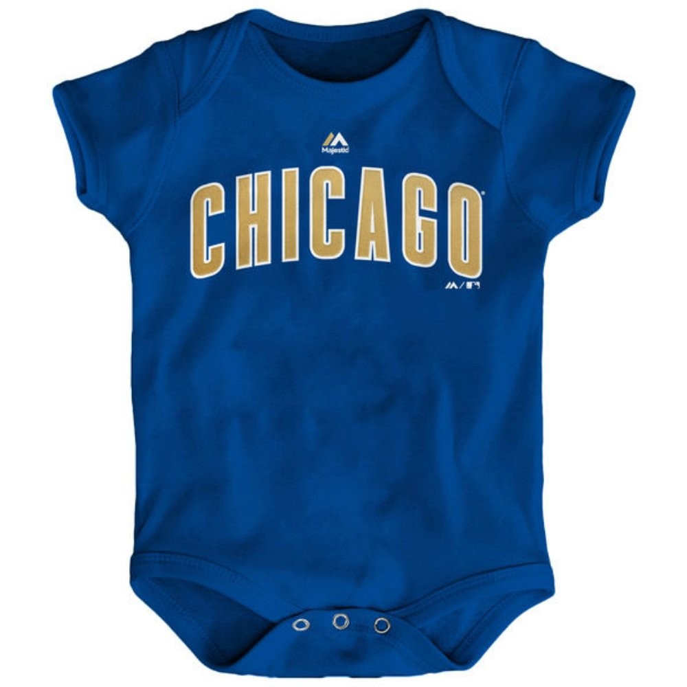 40d00e34e Amazon.com: Majestic Chicago Cubs World Series Championship Gold Infant  Onesie Size 18 Months Bodysuit Creeper Blue: Sports & Outdoors