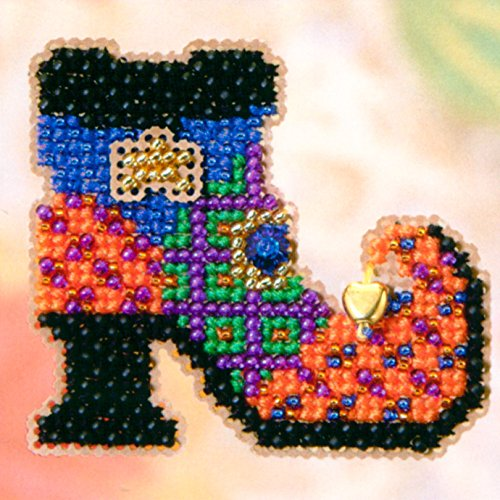 Wanda's Boot Beaded Counted Cross Stitch Halloween Ornament Kit Mill Hill 2005 Autumn Harvest (2005 Glass Ornament)