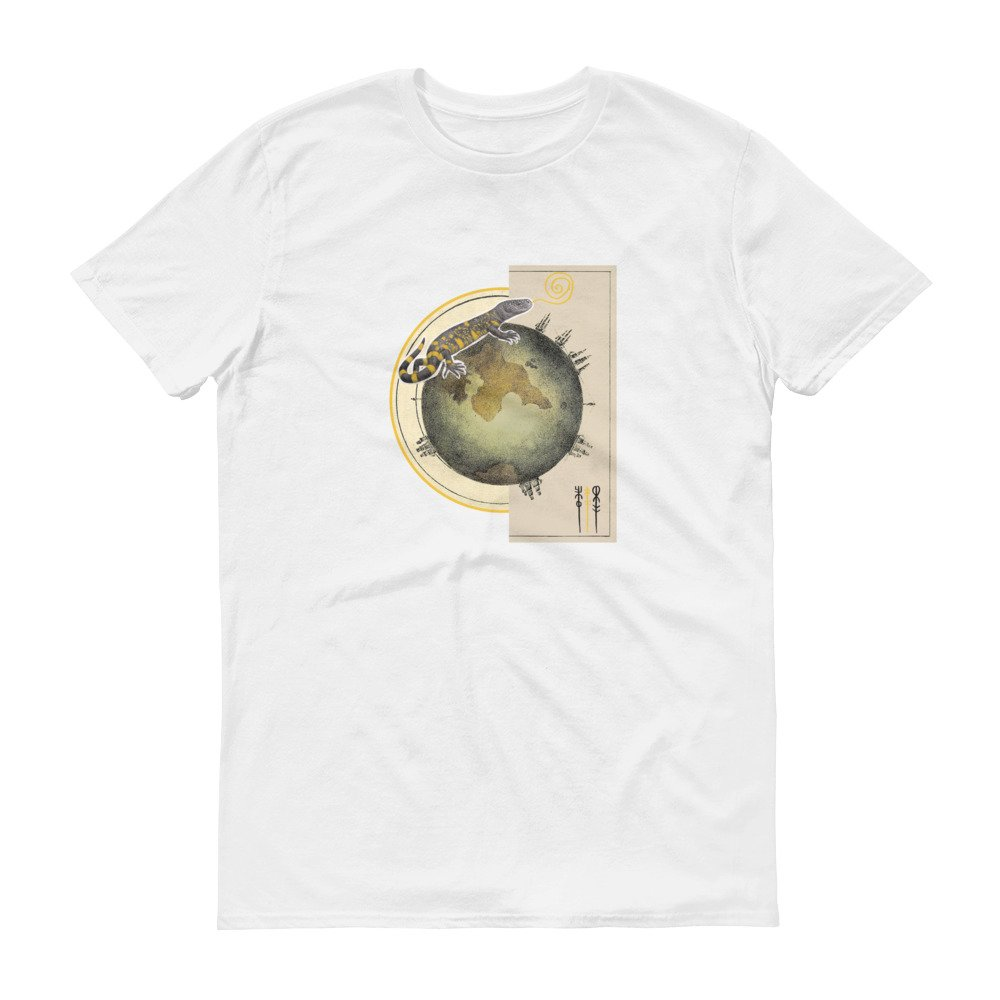 Earth Globe Lizard Animal Pop Art Fantasy Dream Unisex Men/'s Women/'s Gift Tshirt