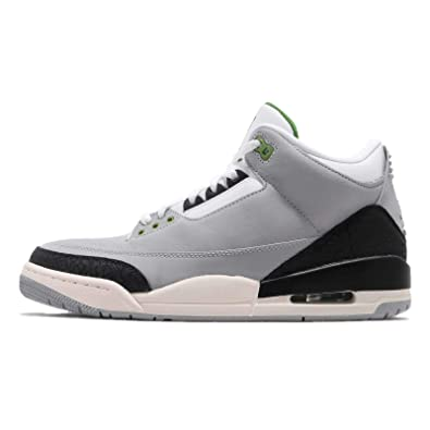 7e8686e59ed93 Amazon.com | Jordan Men's Air 3 Retro, Light Smoke Grey/Chlorophyll ...