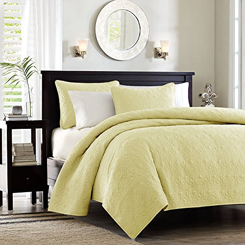 Madison Park Quebec 3 Piece Coverlet Set, King, Yellow