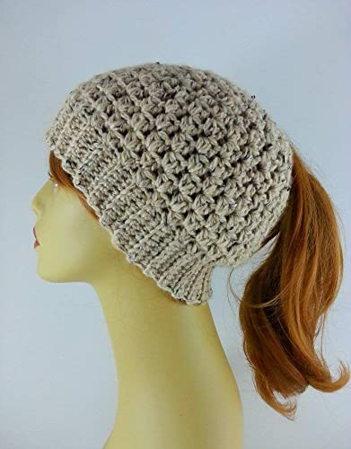 d9268e5c13066 Image Unavailable. Image not available for. Color  Ponytail Hat Messy Bun  Beanie for Women Oatmeal Alpaca ...