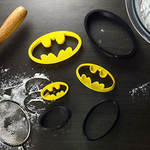 Batman Superhero Cookie Cutter & Fondant Cutter Classic Black & Yellow Logo 9-Piece Set For Kids and Parents – Perfect for Cookies, Cake Decoration, Cupcake Toppers (3, Full Set – 4'', 3'', 2'') by BakeLights