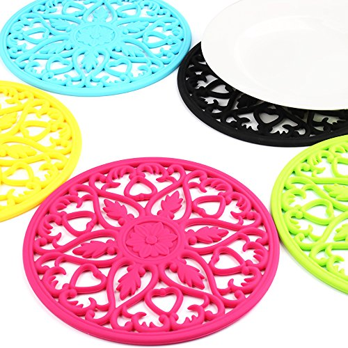 Large Product Image of ME.FAN 3 Set Silicone Multi-Use Intricately Carved Trivet Mat - Insulated Flexible Durable Non Slip Coasters (Black)