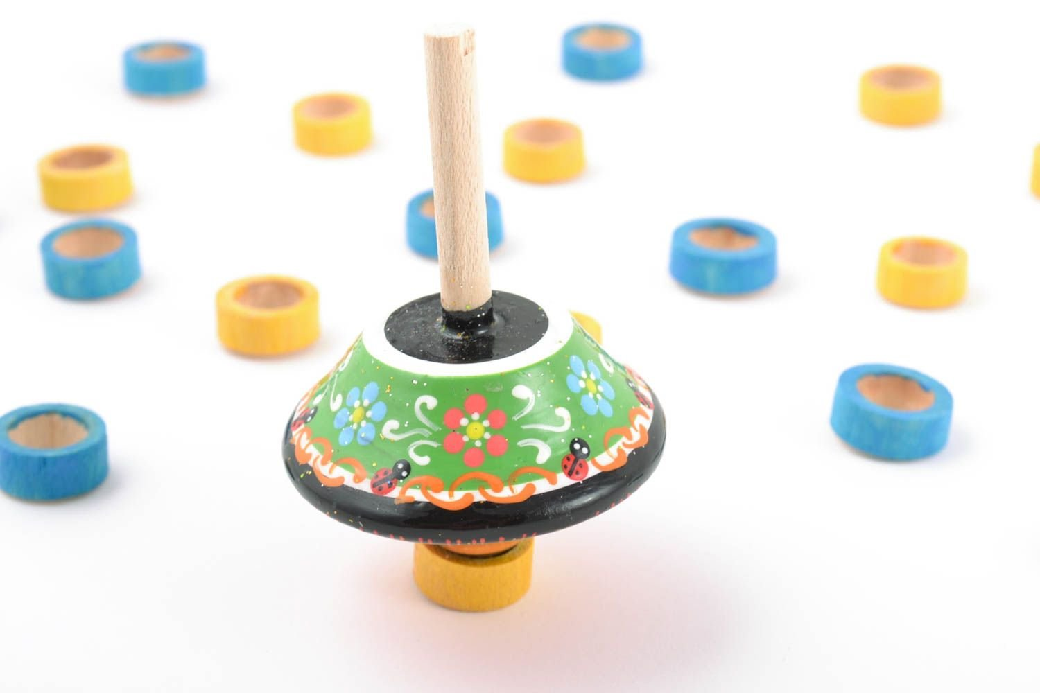 Beautiful Bright Painted Handmade Wooden Toy Spinning Top For Children