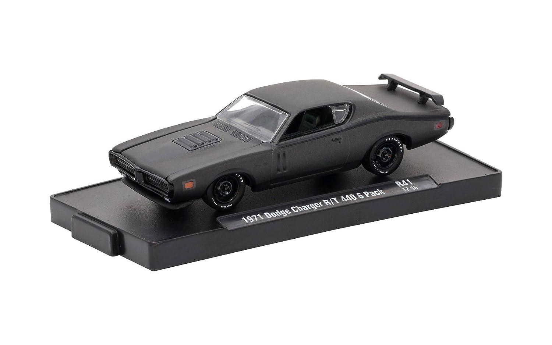 Amazon.com: M2 Machines Auto-Drivers 1:64 R41 1971 Dodge Charger R/T 440 Frozen Black Pearl: Toys & Games