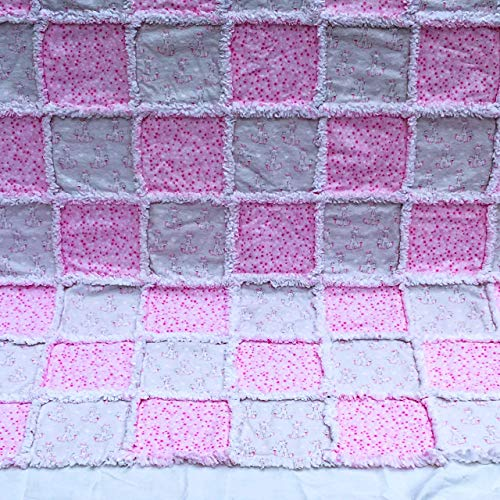 Pink and white adorable giraffes and stars baby toddler girl flannel rag quilt