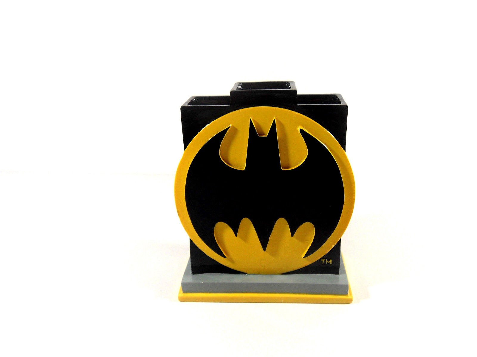 Batman Bathroom Set, Shower Curtain, Hooks, Bath Rug, Bath Towel, Pump Lotion, Toothbrush Holder by Batman (Image #4)