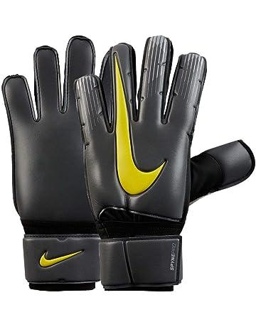 d7702b874c2 Nike Spyne Pro Goalkeeper Gloves