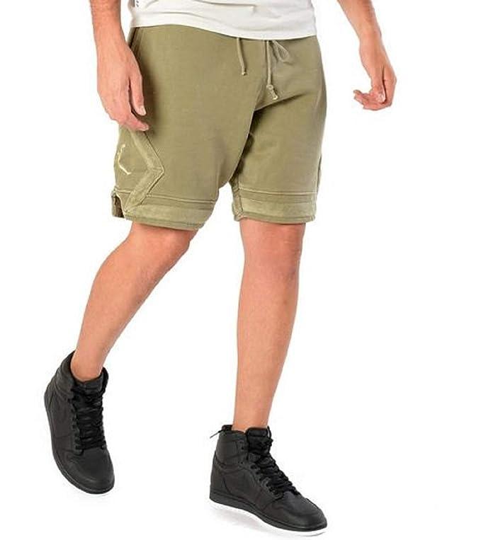 9ba916bdab2 Jordan Sportswear Men's Diamond Washed Fleece Shorts at Amazon Men's  Clothing store: