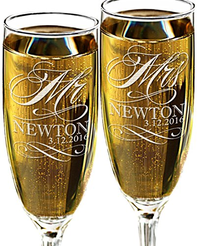 Mr and Mrs Champagne Wedding Glasses, Set of 2 Personalized Toasting Flutes, Engraved Mr and Mrs Wedding Toast Glass Flutes, Bride and Groom Gift -