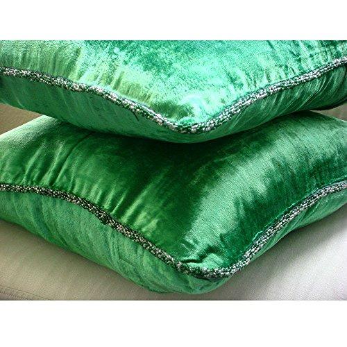 (The HomeCentric Decorative Emerald Green Euro Shams 26x26 inch, Velvet Euro Size Pillow Covers, Solid Color, Contemporary Euro Pillow Shams - Green)