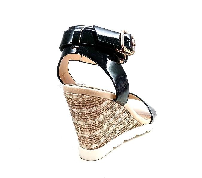 46a4f8c72716b Oh My Shop SHS52   Sandales Nu-Pieds à Talons Compensés Avec Bandes Vernies  Et Semelle Blanche - Mode Femme  Amazon.fr  Chaussures et Sacs