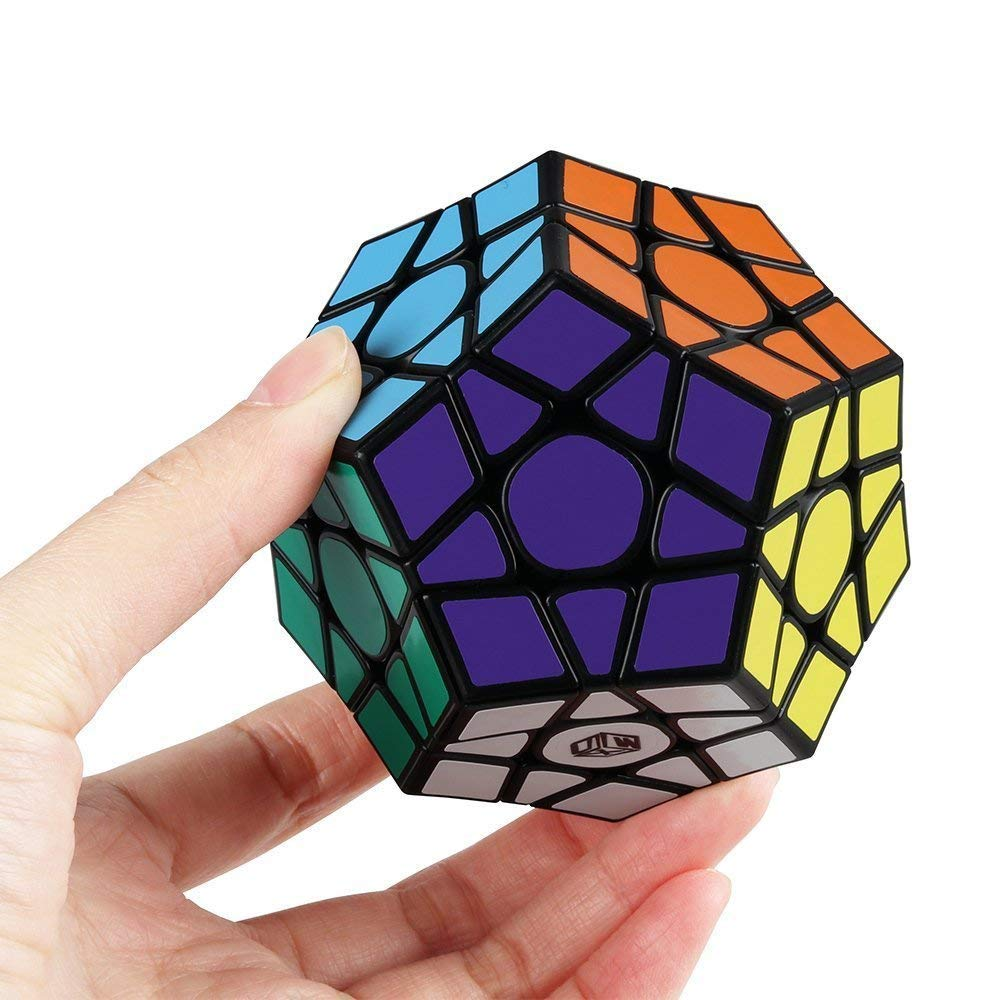 FAVNIC Qiyi X-Man Galaxy V2 Magnetic Megaminx Cube Pentagonal Sculpted Pentagonal Cube Dodecahedron Speed Cube Enhanced Version Puzzle Toy ( V2 M Sculpted Version ) 13684d