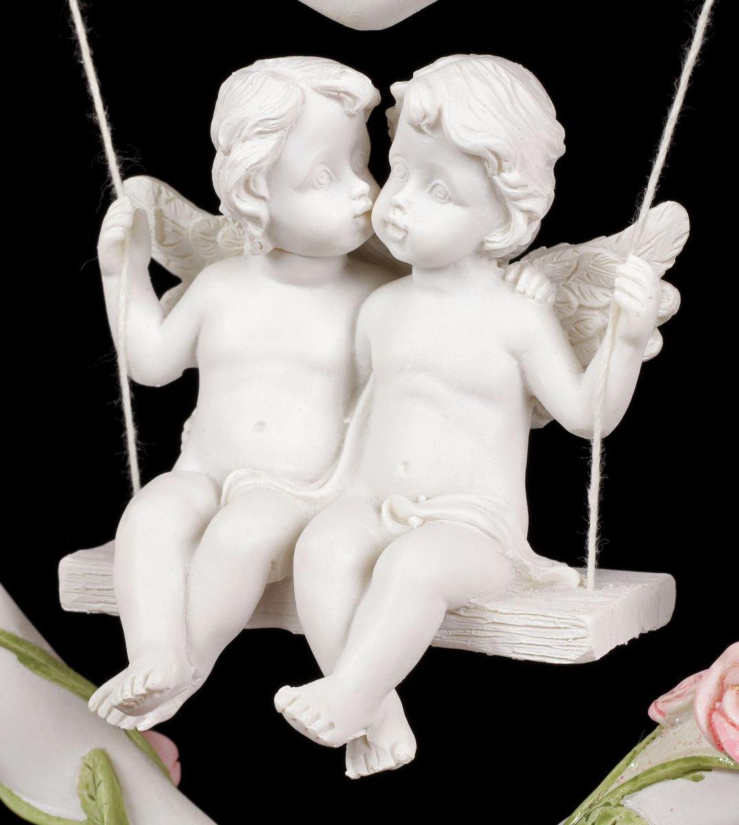 Herzschaukel mit zwei verliebten Engeln Figur Cherubim Putten weiß