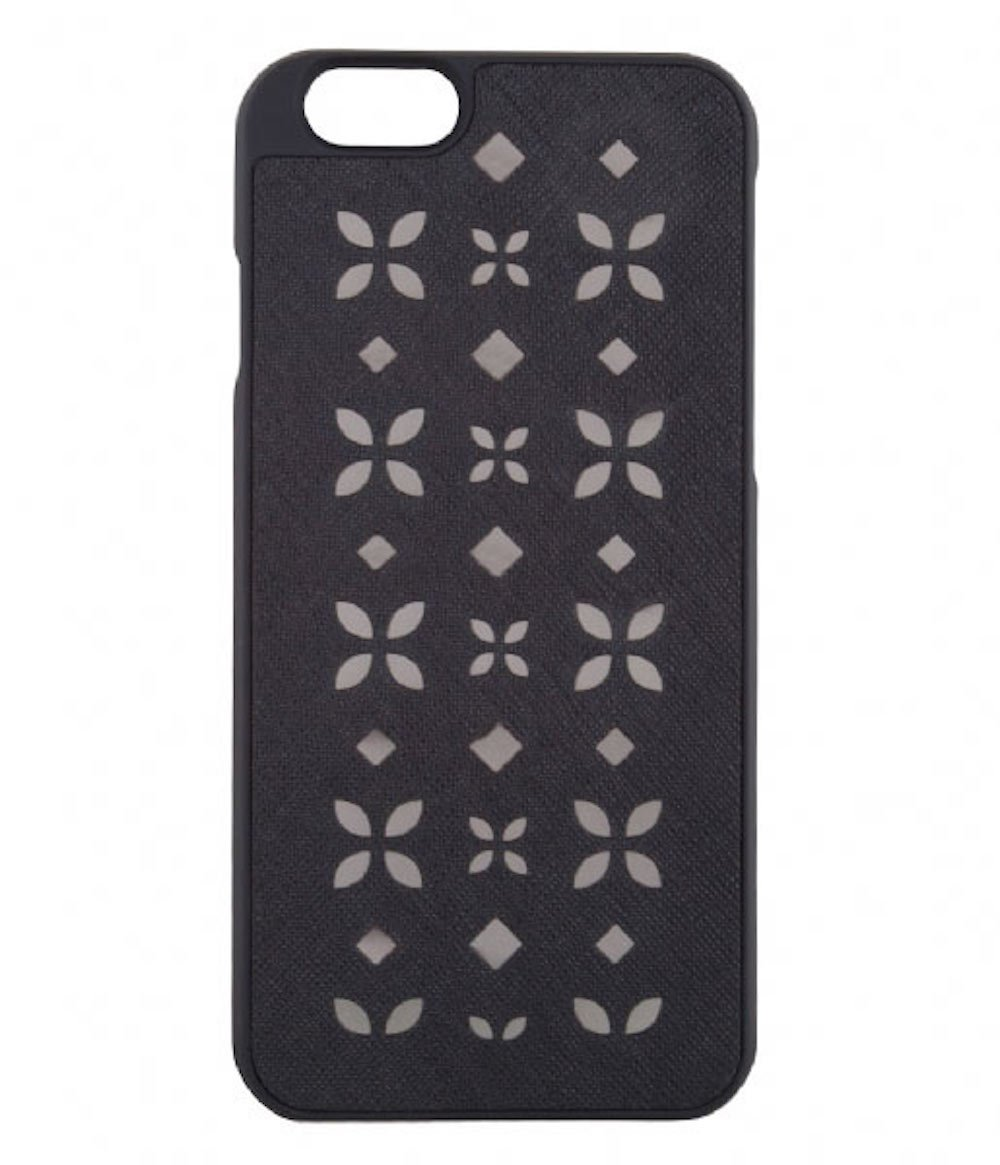 f83c27c64e8 Amazon.com: Michael Kors Electronics iPhone 6 6s Leather Case  (Black/Nickel): Cell Phones & Accessories