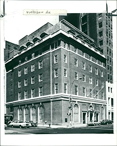 (Vintage photo of New York: 410 Madison Avenue, New York.)