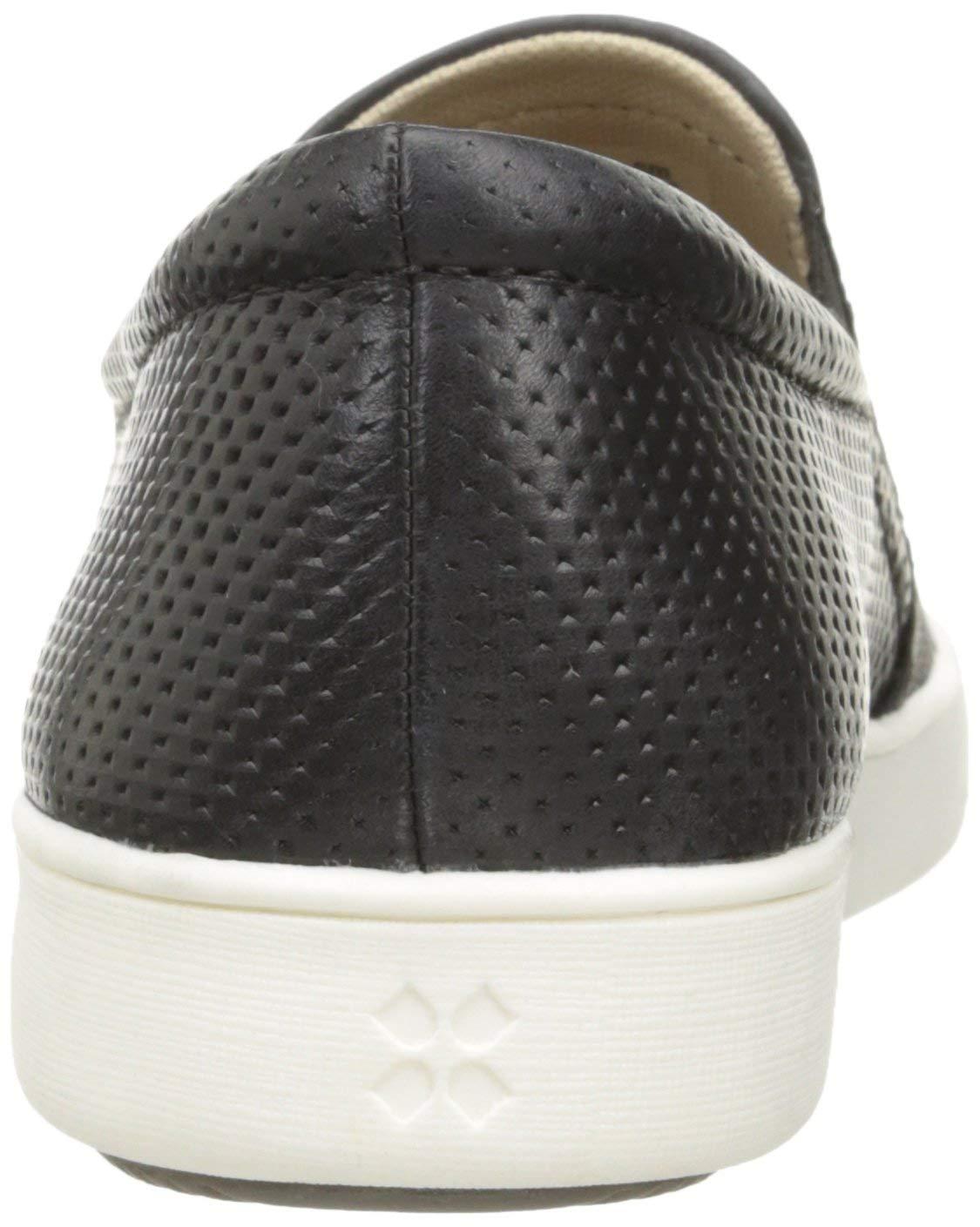 Naturalizer Women's Marianne Sneaker, Black, 8 Wide
