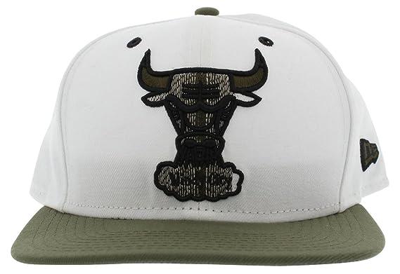 3497e9a13ec New Era Mens Chicago Bulls Windy City Snapback Cap White One Size   Amazon.co.uk  Clothing