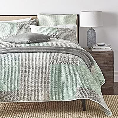 DaDa Bedding Set of Two Contemporary Geometric Textured Embossed Patchwork Quilted Bedspread Set - Mint Blue Green Grey Print