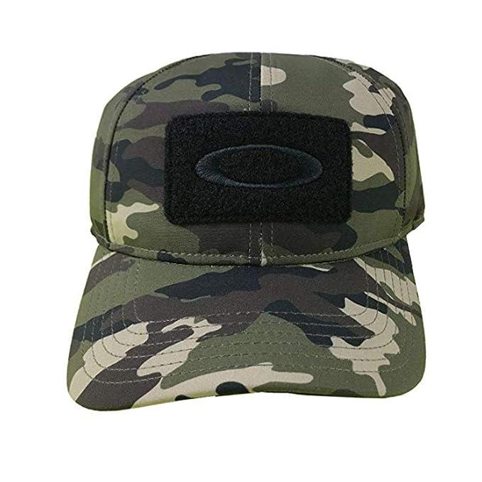 31adf1dcbfd68 Oakley Stretch Fit Cappelli Nucleo Camo Large XLarge Si cap  Amazon.it   Abbigliamento