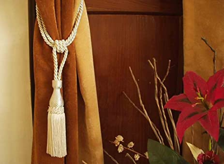 Pair   Cream Handmade Curtain Tieback / Tiebacks / Tassel