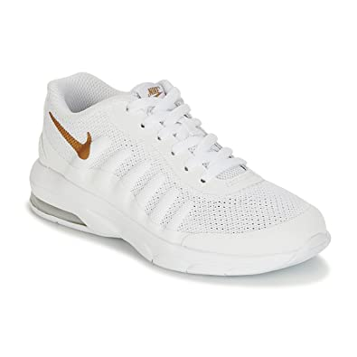 sports shoes f4946 45b01 Nike Boys  Air Max Invigor (Ps) Competition Running Shoes, Multicolour  (White