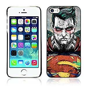 CASETOPIA / Evil Superhero / Apple Iphone 5 / 5S / Black Hard Back Case Cover Shell Armor Protection