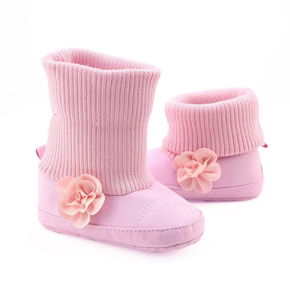 a77f8f3251efc DEASIGN: This cute baby booties conbined knitted with pu. It is not only  warm and comfortable, but also very fashionable