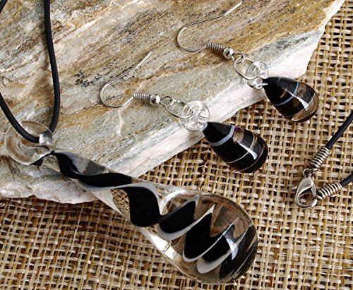 (skyllc Fashion Tear Drop Shaped Black Lines Murano Lampwork Glass Bead Pendant Necklace with Earing)