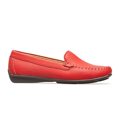 van dal red shoes