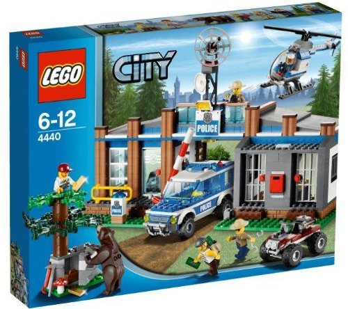 LEGO (LEGO) City Forest Police Station 4440