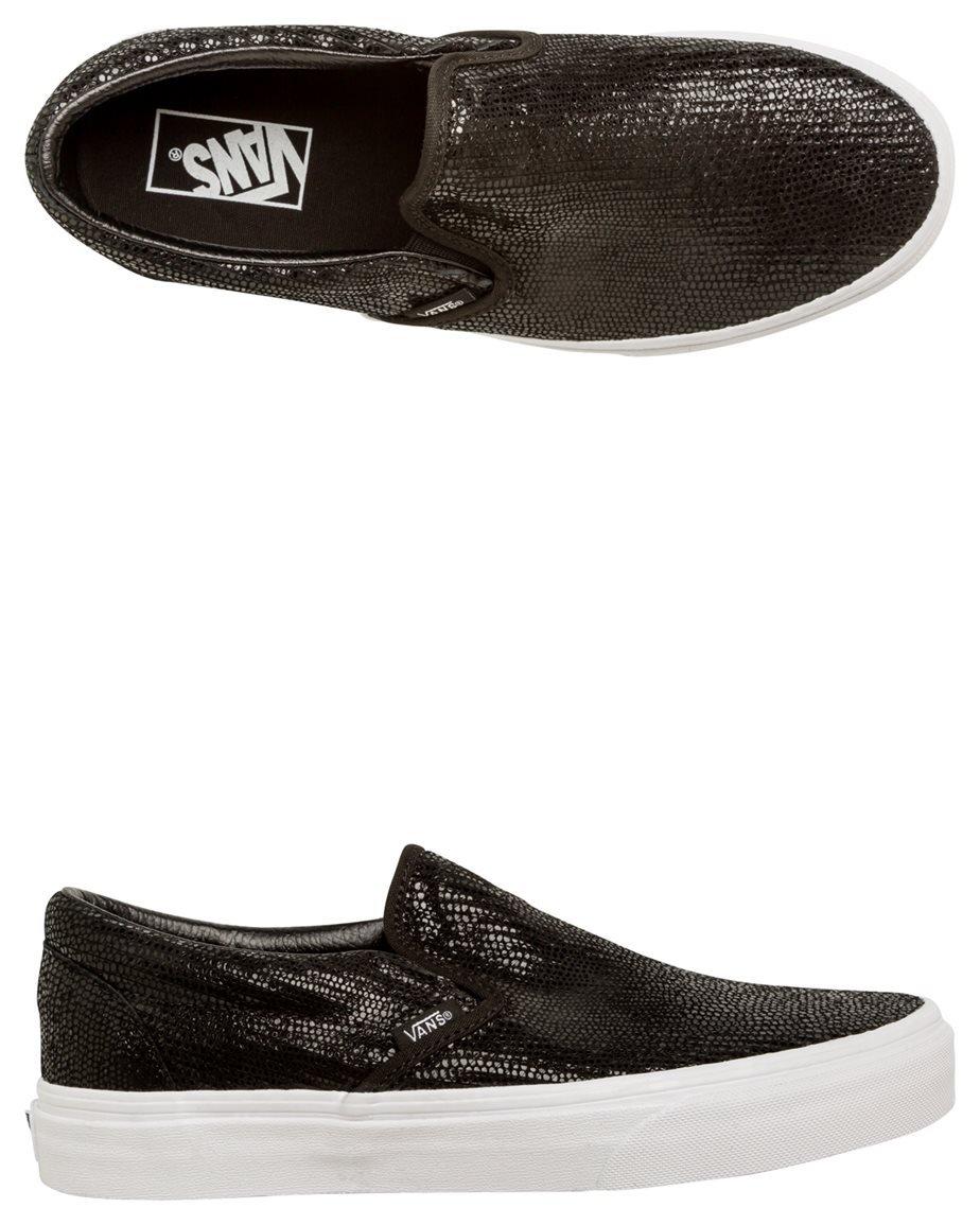 Vans Unisex Classic Slip-on (Pebble Snake) Skate Shoe Boys/Mens 7.5 Women 9|Black