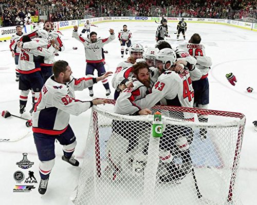 Washington Capitals Stanley Cup Champions Team Photo (Size: 8