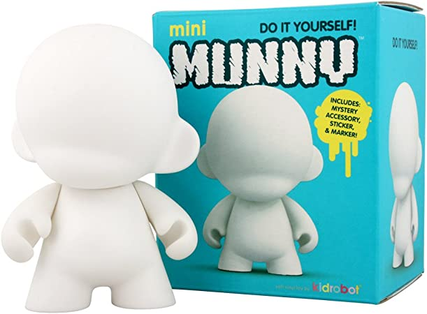 5 in 1 Cute 4 inches Kidrobot Munny Never Painted Vinyl Art Toy White