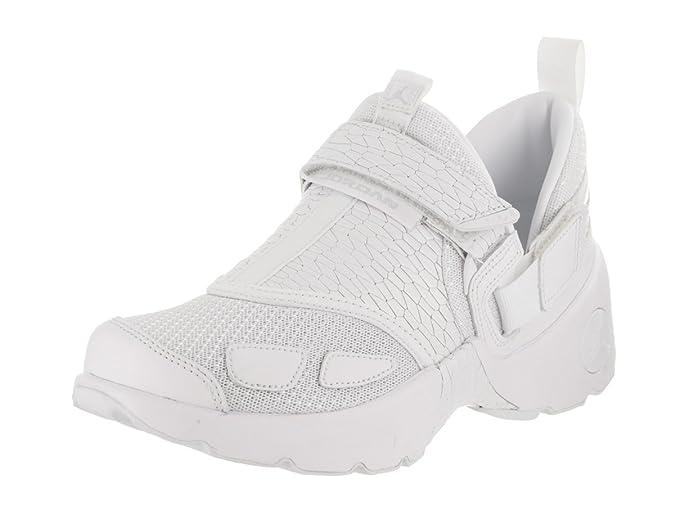 226fe9b19a4a8 Amazon.com | Jordan Trunner LX PR (Heiress) (Kids) | Shoes