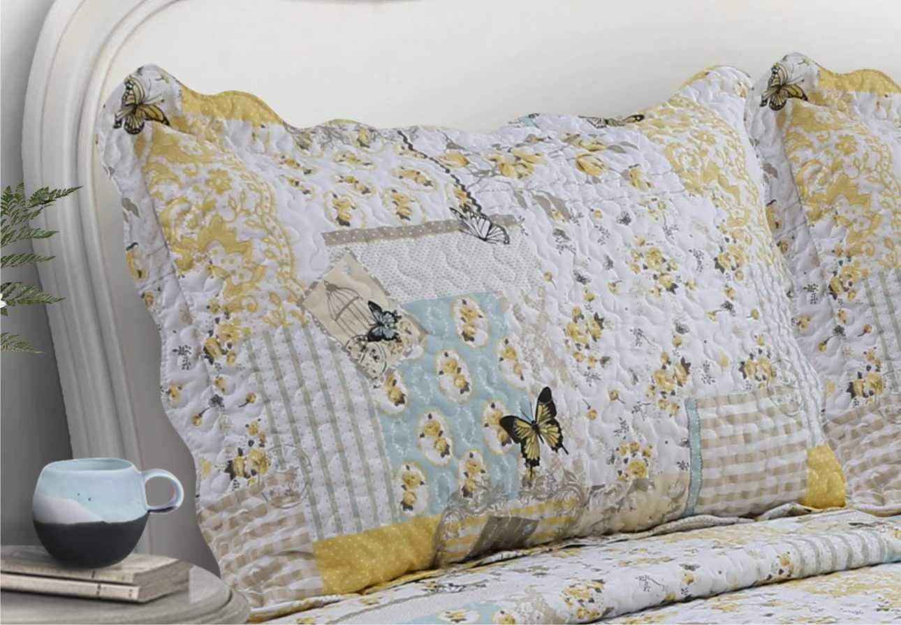 Velosso Quilted Patchwork Vintage Country Shabby Chic Comforter Bedspread/Bed Throw Vintage Floral Yellow Birds Boutique (Double Bed) Generic