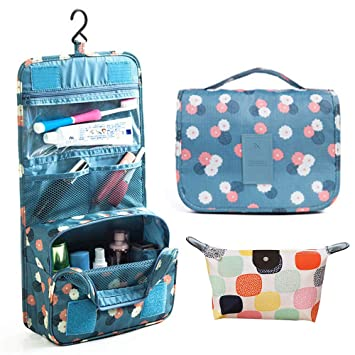 9f4f5a8ac33f In hand Travel Cosmetic Bag