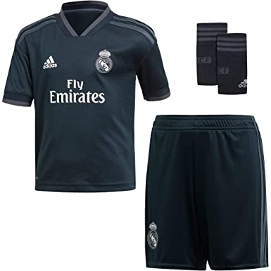 c0e60fcf661 adidas 18/19 Real Madrid Away Minikit Conjunto, Unisex niños: Amazon ...