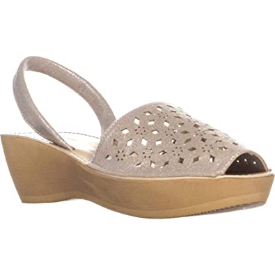 6423710df73e Image Unavailable. Image not available for. Color  Kenneth Cole REACTION  Womens Fine Glass 5 Metallic Wedges ...