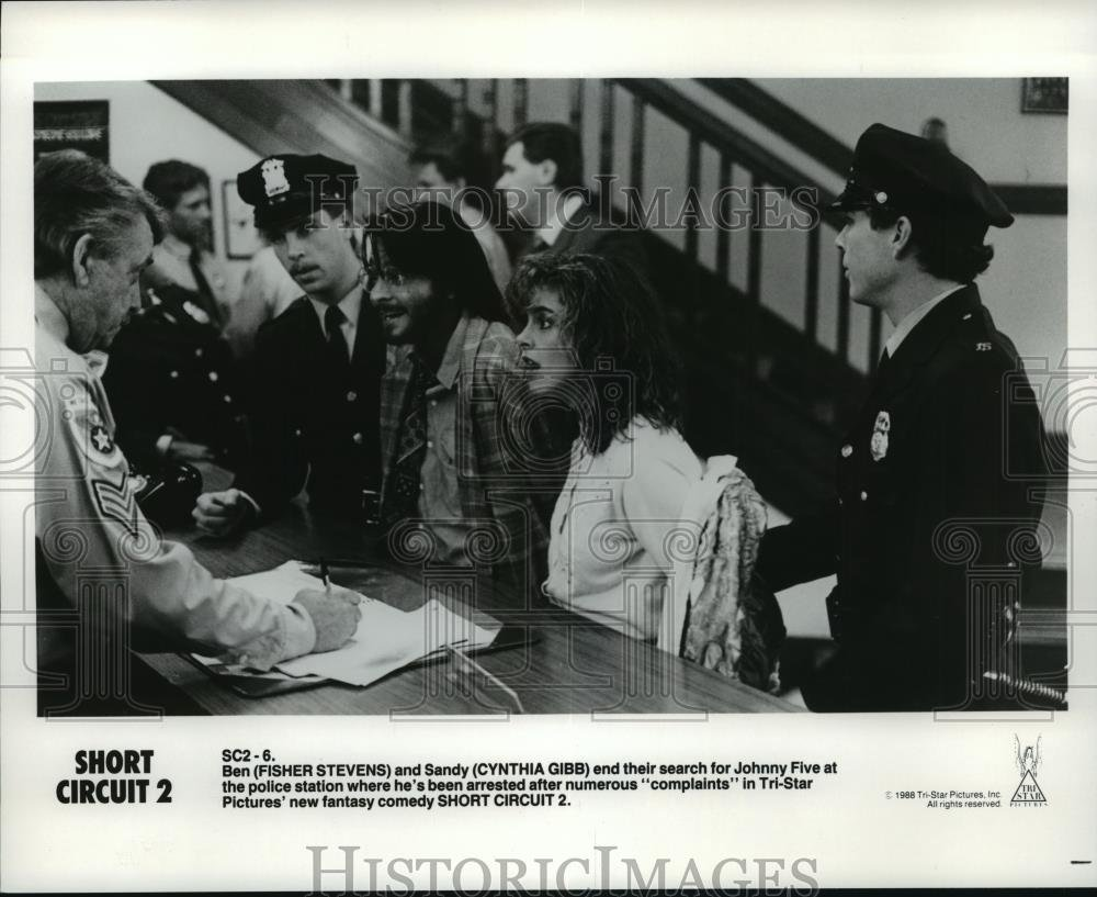 1989 Press Photo Cynthia Gibb And Fisher Stevens Star In Shortcircuit2 Short Circuit 2 Photographs