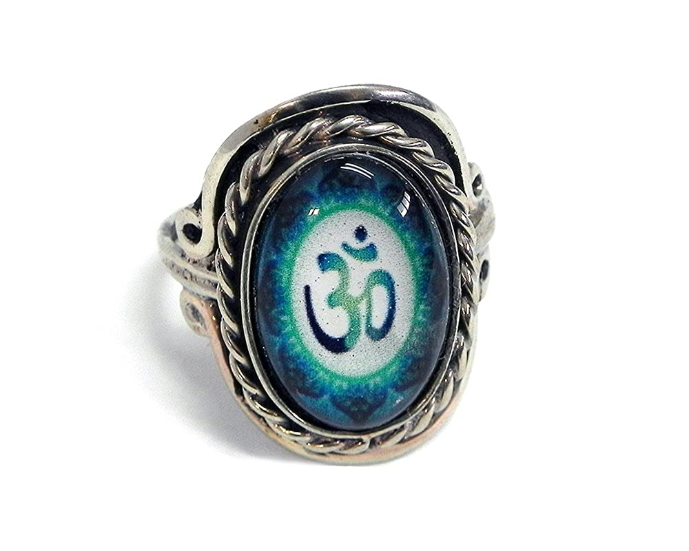 Mia Jewel Shop New Age Om Sign Graphic Small Oval Shaped Silver Rope Edge Adjustable Ring