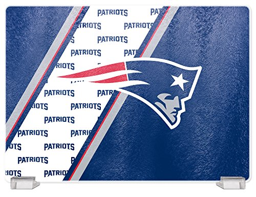 NFL New England Patriots Tempered Glass Cutting Board with Display Stand ()