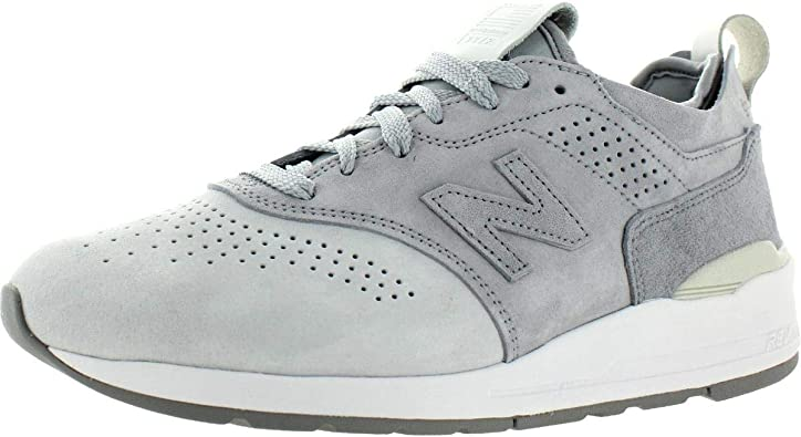 moco pirámide mayor  Amazon.com | New Balance 997r Men's Light Grey M997ds2 | Running