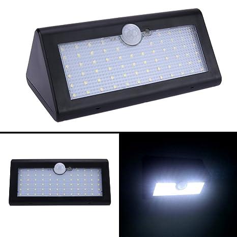 La cabina 66 LED de energía solar PIR sensor de movimiento aplique lámpara de jardín resistente